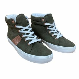 NWT Girls High Top Sneakers Glitter Stripes Size 4